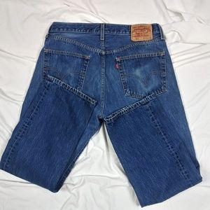 Levi's 501 Jeans Tag Size 34X29 (meas 33.5x 28.5)